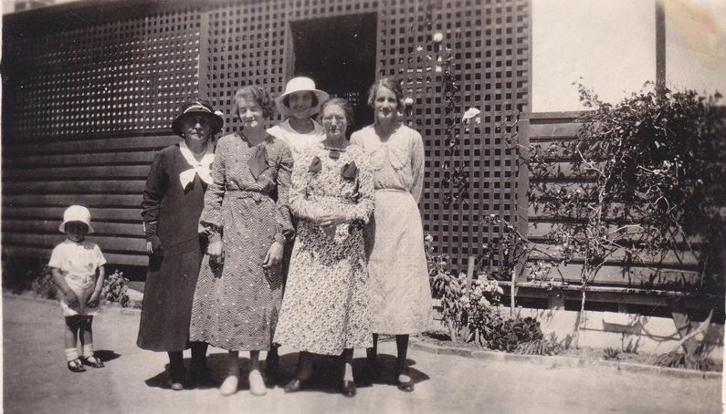 L to R Child (Keith Cook), Aunty Alice, Pansy Shemeld (nee Cook), Grace Hughes (nee Cook), Clara Starsmore, Violet Mead (nee Cook)